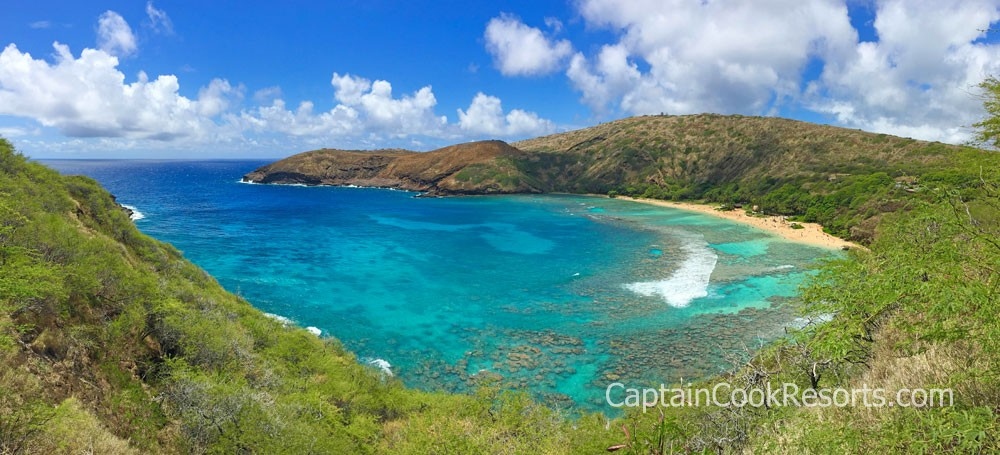 Beautiful panoramic view of Hanauma Bay on Oahu