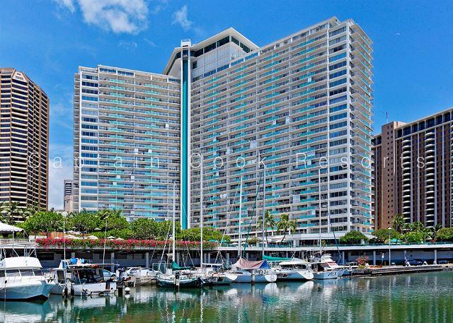 Ilikai Hotel And Apartments Building Waikiki