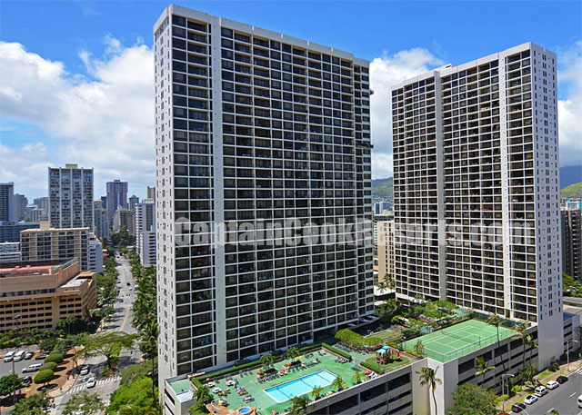 Waikiki Banyan Vacation Rentals for Sale