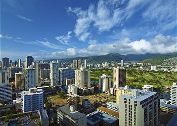 Waikiki Banyan View