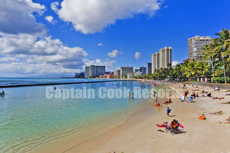 Calm waters of Waikiki